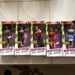 Five 5 spice girl dolls figures in boxes